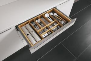 Schubladeneinsatz für Besteck aus Holz