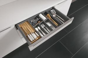 Schubladeneinsatz für Besteck mit Messerblock